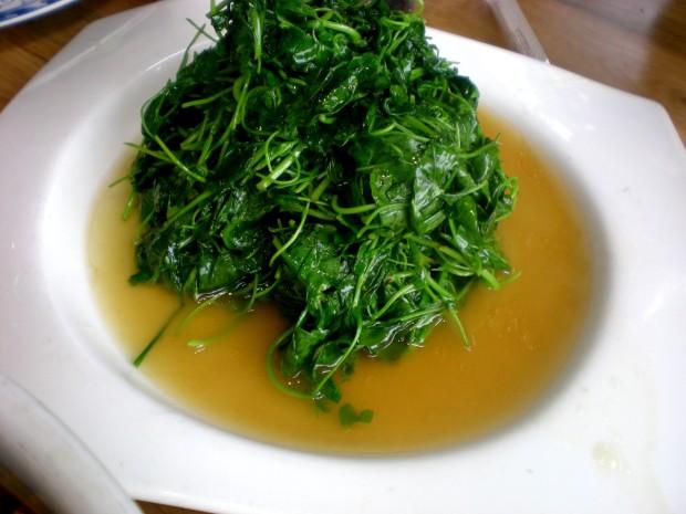 pea-leaves